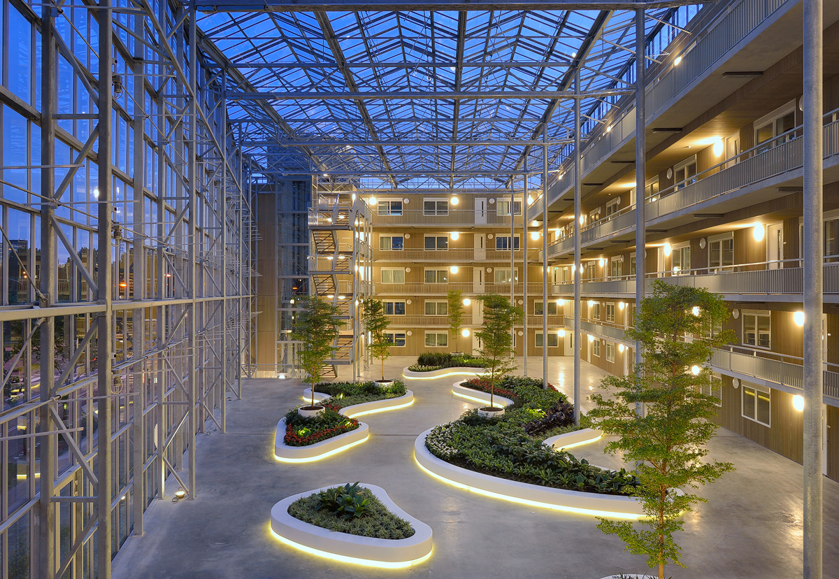 Futura Atrium, Donkergroen, photo 1