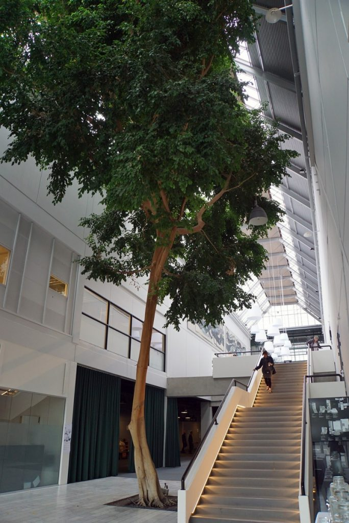 Bella Sky Hotel, Deichmann